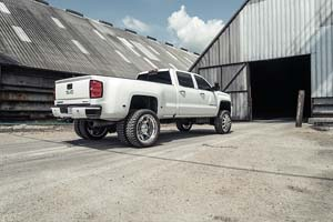 2015 GMC Denali HD Dual Rear Wheel with American Force Super Dually Series 611 Independence SD
