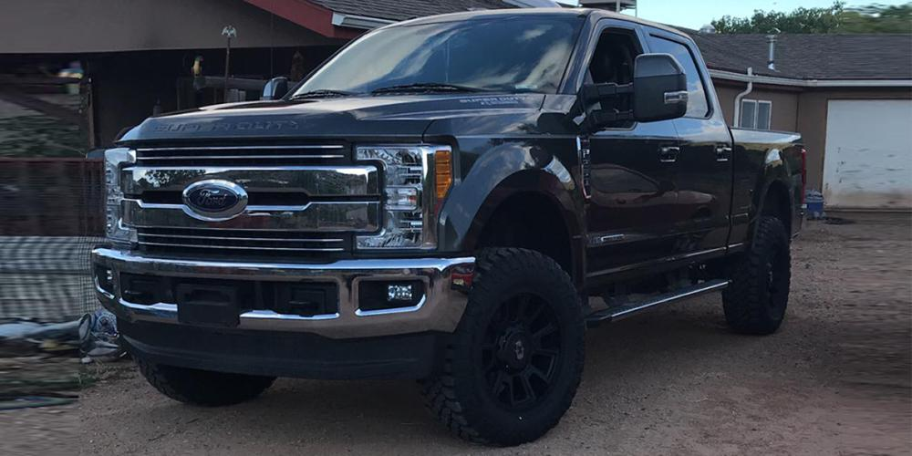 Ford F-250 Super Duty with Vision Off Road 391 Rebel