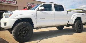 Toyota Tacoma with Vision Off Road 398 Manx