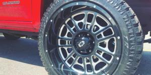 Chevrolet Colorado with Vision Off Road 418 Widow