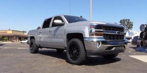 Chevrolet Silverado 1500 with XD Series by KMC XD820 Grenade