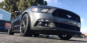 Ford Mustang with Niche Sport Series Misano - M117