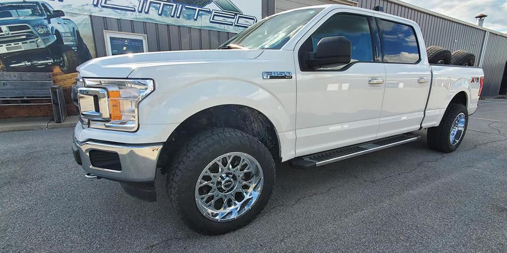 Ford F-150 with Vision Off Road 412 Rocker