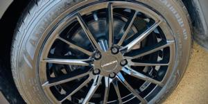Ford Focus with Vision Wheel 473 Axis