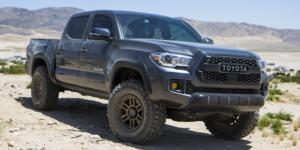 Toyota Tacoma with Vision Off Road 354 Manx 2