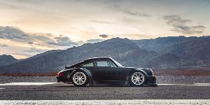 Porsche RWB with Rotiform MLW