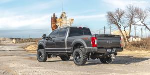 Ford F-250 Super Duty with Fuel 1-Piece Wheels Cyclone - D683