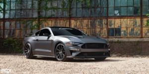 Ford Mustang with Niche Sport Series Gemello - M219