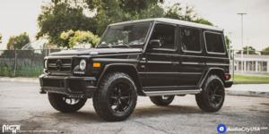 Mercedes-Benz G500 with Niche Sport Series Misano - M117