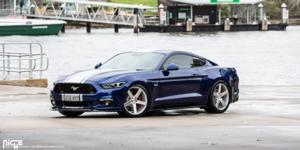 Ford Mustang with Niche Sport Series Milan - M135