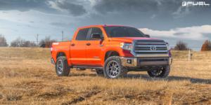 Toyota Tundra with Fuel 1-Piece Wheels Tech - D672