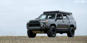 Toyota 4Runner with Fuel 1-Piece Wheels Torque - D689