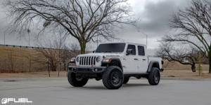 Jeep Gladiator with Fuel 1-Piece Wheels Zephyr Beadlock - D101