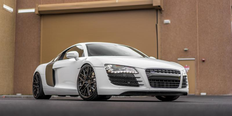 Audi R8 with Rotiform HND
