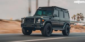 Mercedes-Benz G63 AMG with Rotiform CCV-OR