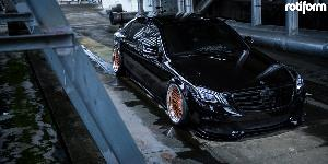 Mercedes-Benz S500 with Rotiform LHR