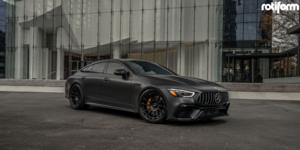 Mercedes-Benz AMG GT with Rotiform OZR