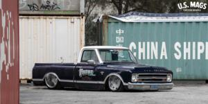 Chevrolet C10 with US Mags Scottsdale - U440
