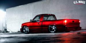 Chevrolet Silverado with US Mags Torque 6 - Precision Series