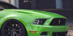 Ford Mustang with Verde Wheels V20 Insignia