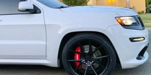 Jeep Grand Cherokee with Verde Wheels V99 Axis
