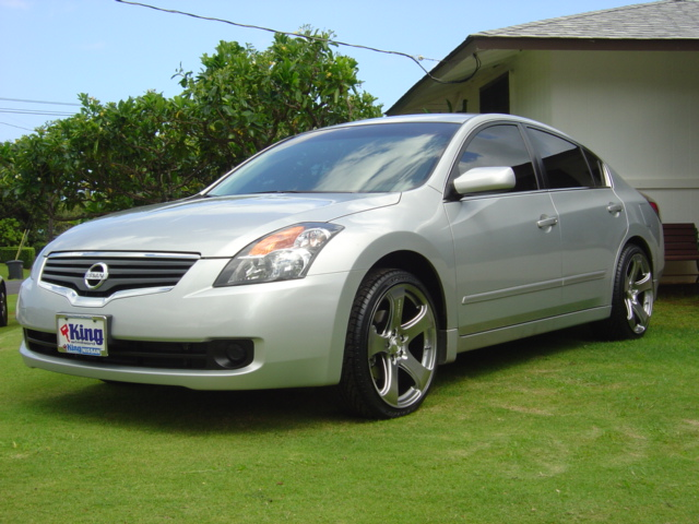 Nissan Altima With Mrr Design Hr2