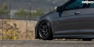 Volkswagen Golf R with Rotiform ZMO-M