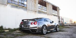 Nissan GT-R with Verde Form VFF01