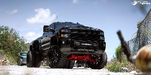 Chevrolet Silverado with Fuel 1-Piece Wheels Maverick - D536
