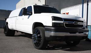 2007 Chevrolet Silverado 3500 HD Dual Rear Wheel with American Force Dually With Adapters Series 11 Independence DRW