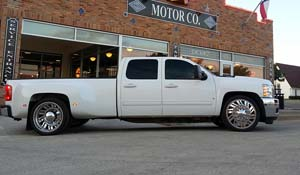 2009 Chevrolet Silverado 3500 HD Dual Rear Wheel with American Force Dually With Adapters Series 70 Shift DRW